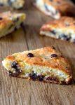 keto low carb chocolate chip scones