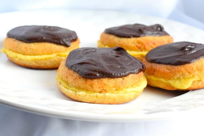 keto cream filled donuts