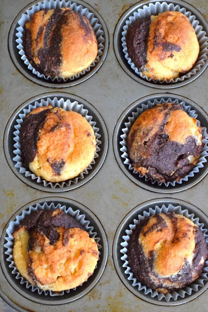 keto swirl chocolate cupcakes