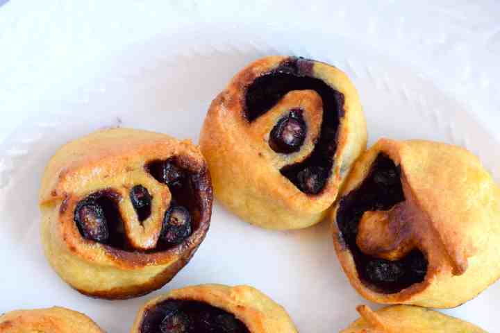 keto blueberry cinnamon rolls recipe