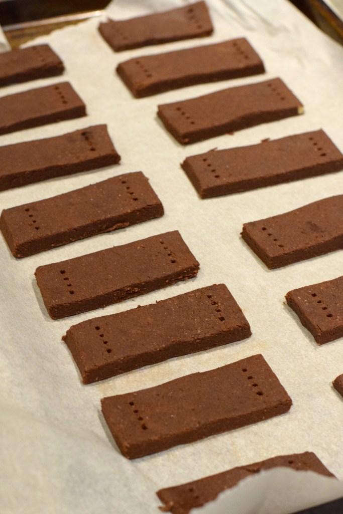 keto easy chocolate shortbread cookies