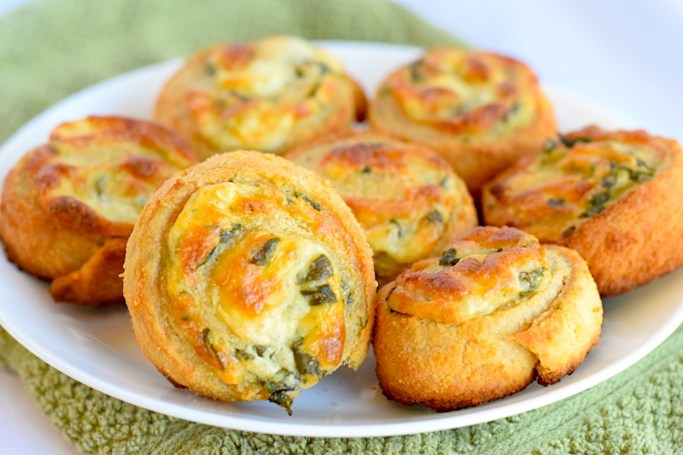 Keto Spinach and Cheese Puff Pastry