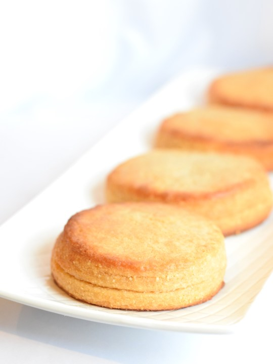 keto buttery biscuits recipe