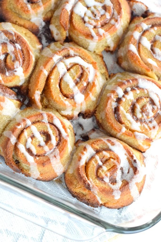 keto cinnamon rolls dessert
