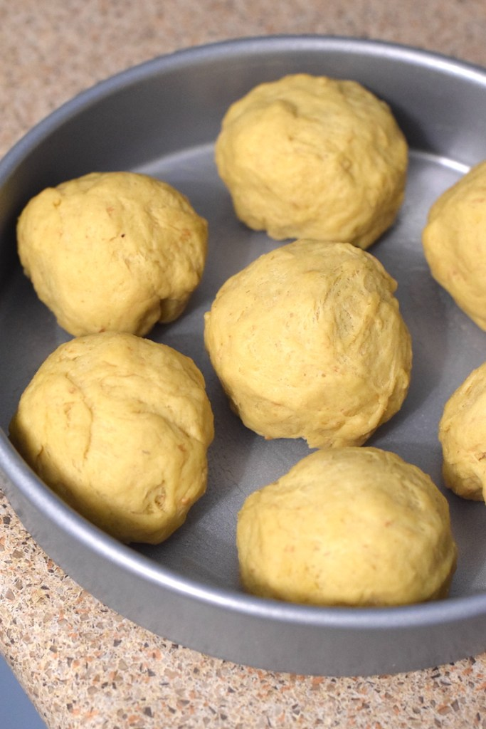 keto dinner rolls bread dough