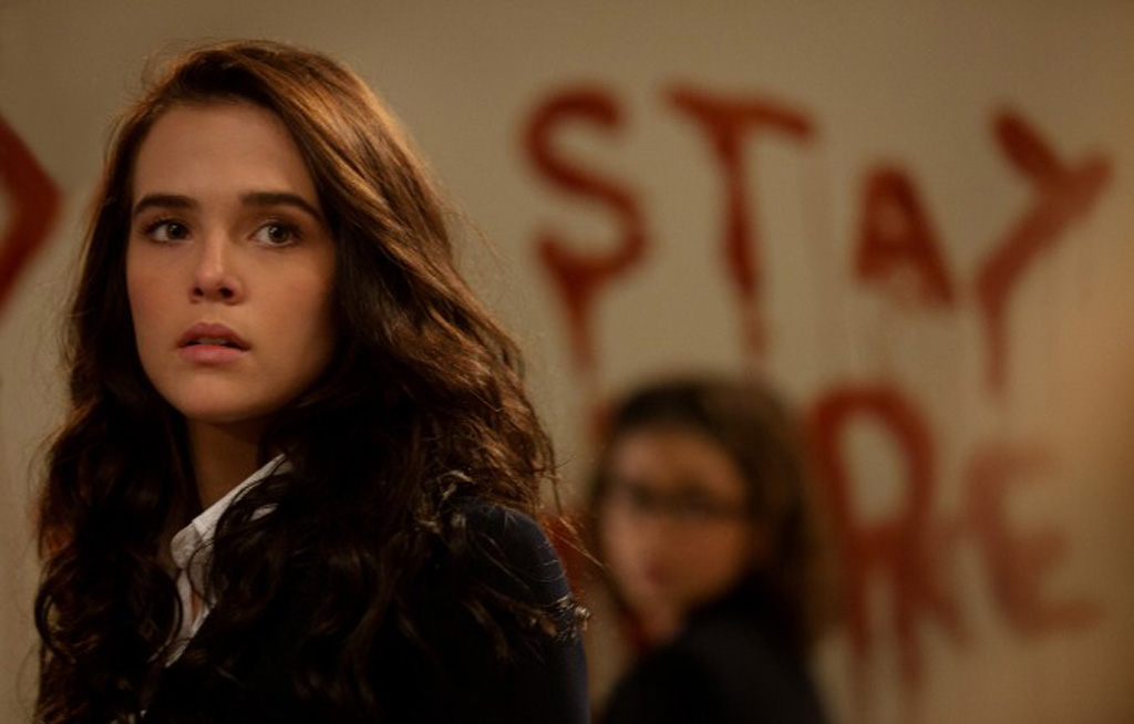 "Zoey Deutch and Sarah Hyland in Mark Waters' ""Vampire Academy"""