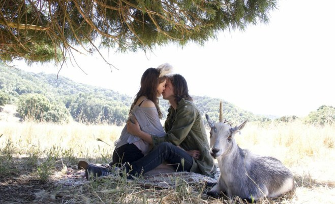 "Natalia Dyer and Peter Vack in ""I Believe in Unicorns"""