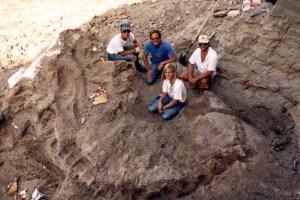 "Susan Fredrickson, Peter Larson, Neal Larson discover Sue, the Tyrannosaurus Rex in South Dakota in ""Dinosaur 13"""