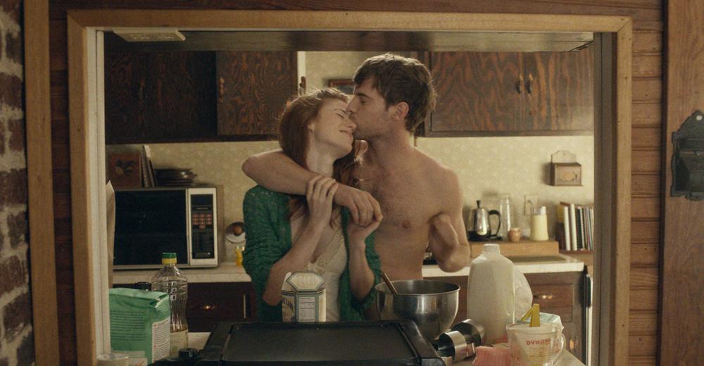 """Rose Leslie and Harry Treadaway in """"Honeymoon"""""""