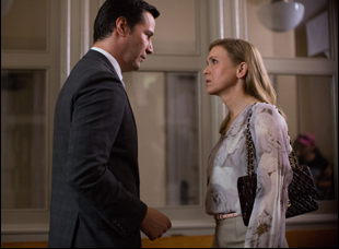 "Keanu Reeves and Renee Zellweger in ""The Whole Truth"""