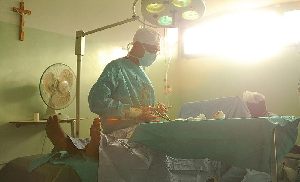 "Dr. Tom Catena in ""The Heart of Nuba"""