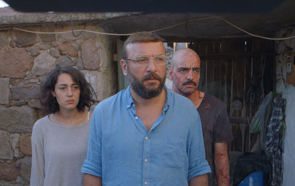 """Tolga Tekin, Tugce Altug, and Bartu Küçükçaglayan in """"Butterflies"""""""