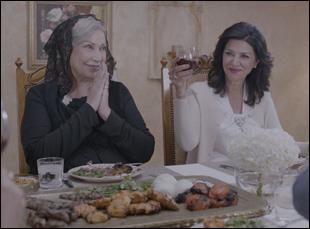 """Shohreh Agdashloo in """"Simple Wedding"""""""