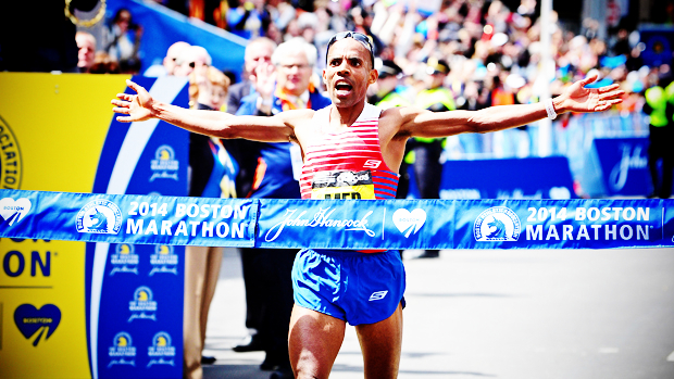 Meb Keflezighi (USA) pulls away to become the first American champion since 1983.
