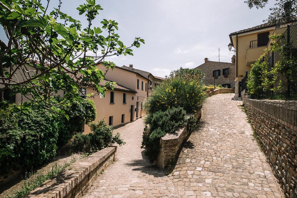 blog di viaggi travel blog move4ward blogger italia, viaggio in italia marche fiorenzuola di focara
