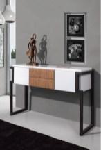 Consola em lacado branco com detalhe em cortiça e pés metálicos. Peças de mobiliário que transformam os ambientes.