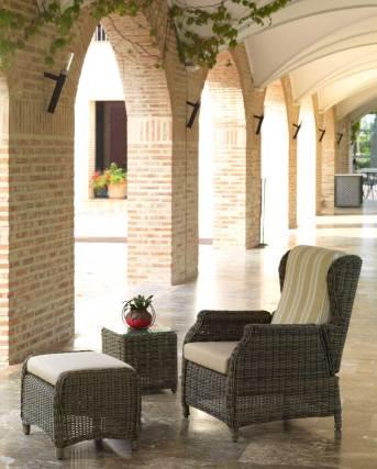 Ambiente de Mobiliário de Exterior. Consulte-nos para mais informações.