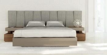 Quarto Casal em nogueira e lacado alto brilho moka com cabeceira estofada. Transforme o seu quarto num Quarto de Sonho!