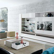 Estante em carvalho cinza e lacado alto brilho branco com painel TV deslizante. Personalizamos os acabamentos e as dimensões.