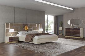 Cama estofada em tecido com Led´s, mobiliário em lacado alto brilho beje e nogueira alto brilho com aplicações em dourado. Transforme o seu quarto num Quarto de Sonho!