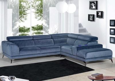 Sofá de canto com assentos deslizantes e costas reclináveis com braço com refrigeração de copos.