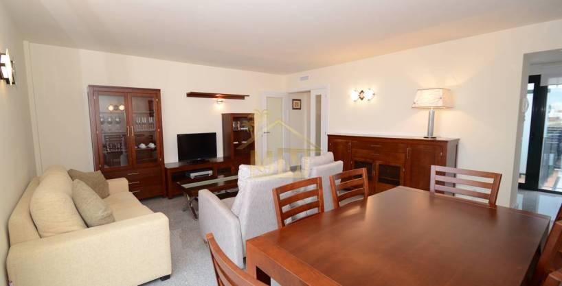 Es Castell | Apartamento en planta alta cerca de Calas Fonts