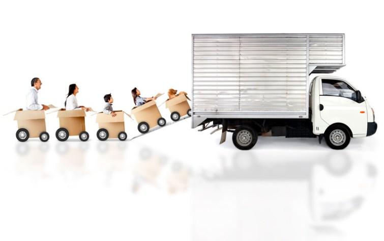Umzugswagen packen