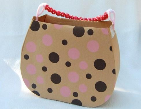 Handtasche aus Karton