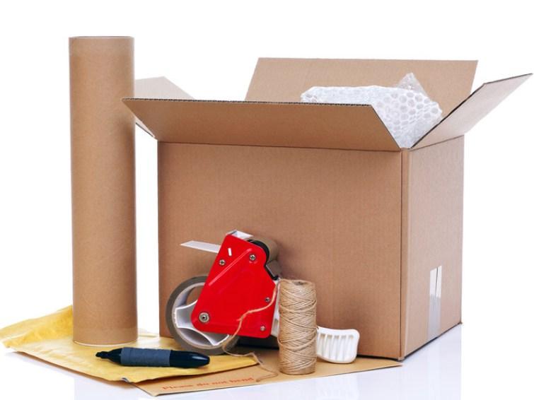 Verpackungsmaterial für den Umzug canstockphoto4114730