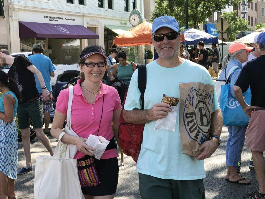 Hyde Park Farmers' Market - Movers & Makers Magazine, Cincinnati