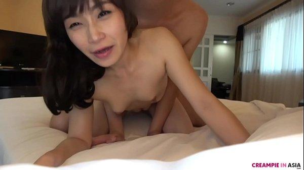 Bareback creampie with Asian
