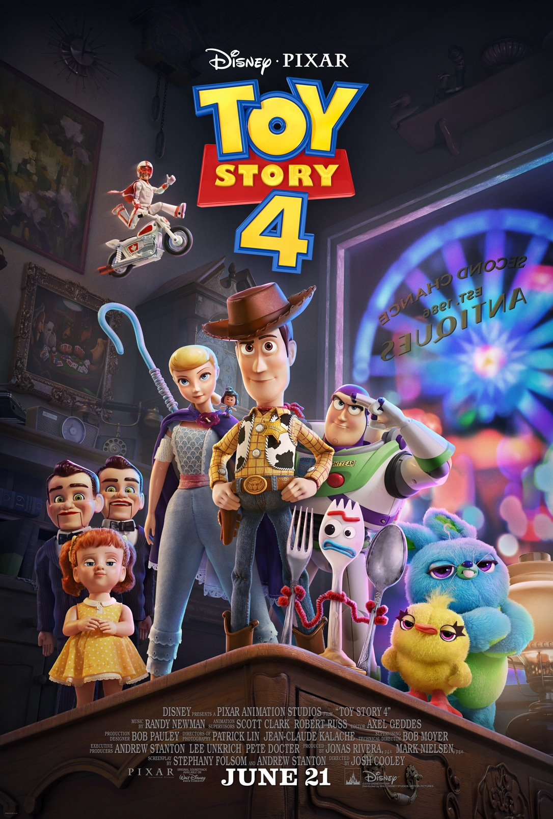 Toy Story 4 features a complex ensemble of animated characters.