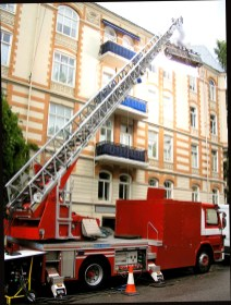 Ladder truck with 100k softsun