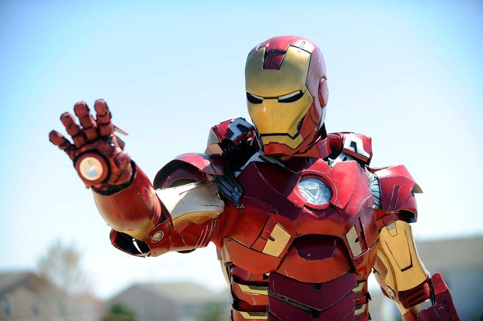 http://masterle247.deviantart.com/art/Iron-Man-Mark-7-VII-pic-taken-for-Denver-Post-296170261