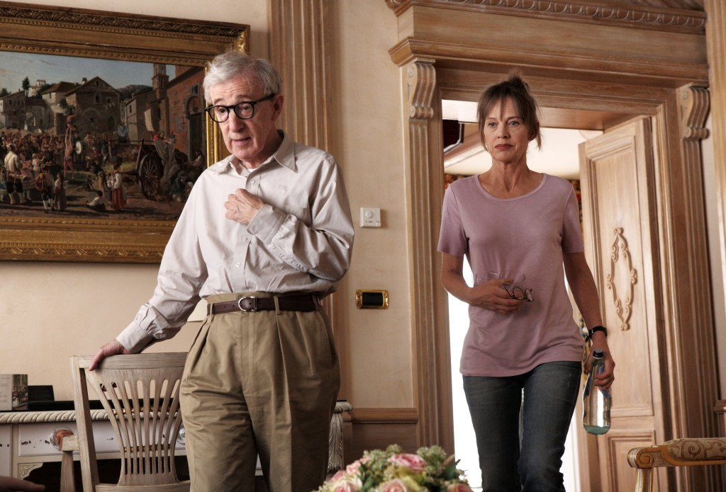 http://img.blogdecine.com/galleries/to-rome-with-love-imagenes-oficiales-de-lo-nuevo-de-woody-allen/to-rome-with-love-2012-fotos-03.jpg