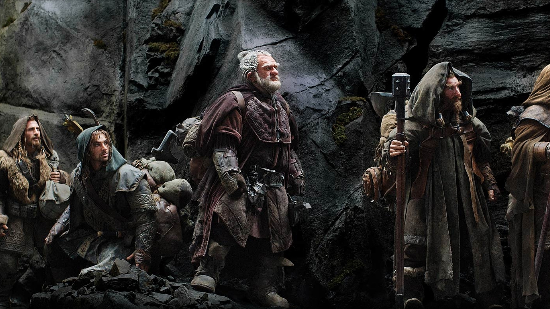 the hobbit review Peter jackson's the hobbit: an unexpected journey is polarizing audiences for several reasons, but mainly because of the new 48 frame 3d technology here.
