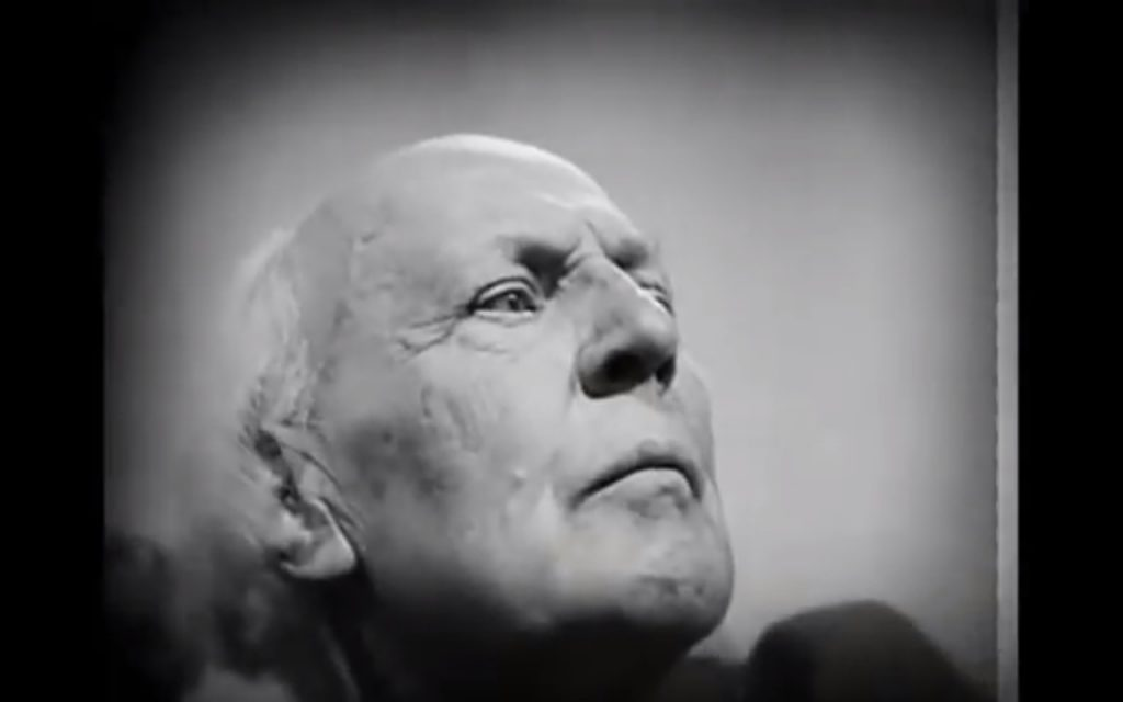 Dreyer often simplifies characters to their most basic facial traits.