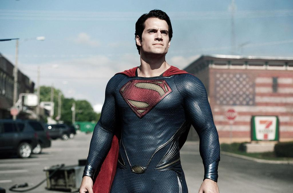 http://www.cinephiled.com/wp-content/uploads/2013/11/Man-Of-Steel-Henry-Cavill-Kal_El-3.jpg