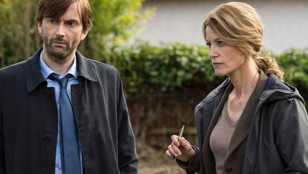 http://collider.com/wp-content/uploads/gracepoint-episode-104-anna-gunn-david-tennant.jpg