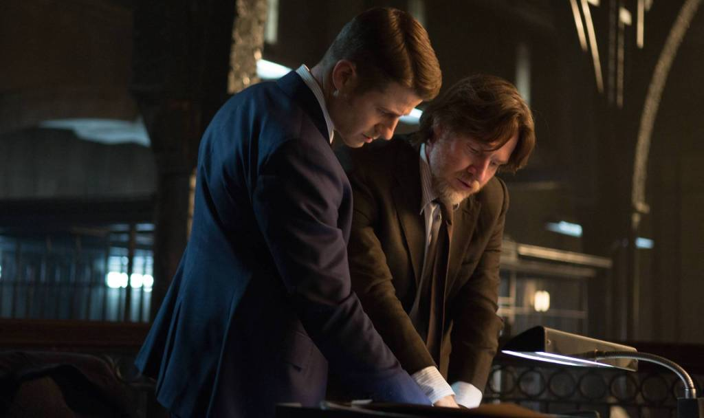 "Gotham: ""The Scarecrow"" Review"