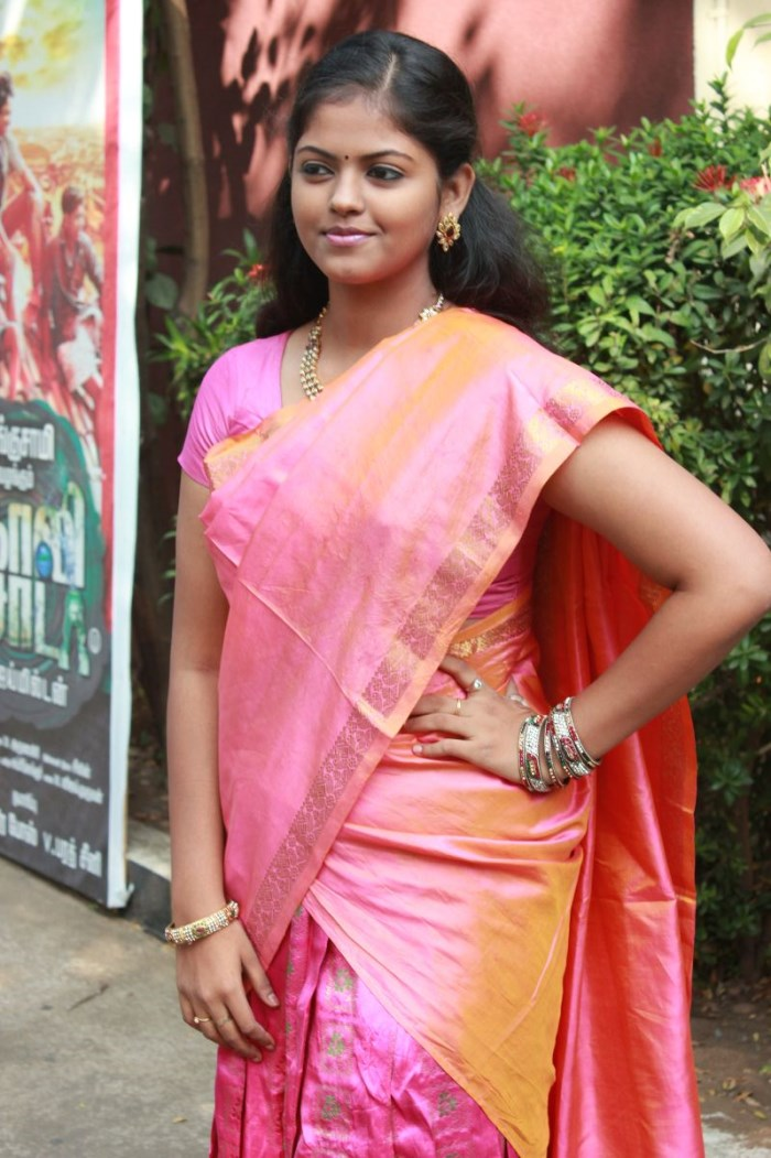 Dj Movie Hd Wallpaper Picture 645851 Actress Chandhini Goli Soda Movie Press
