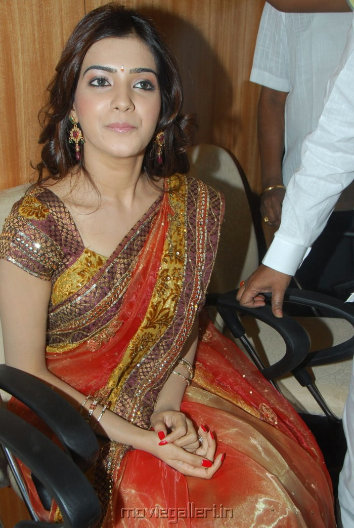 Samantha Hd Wallpapers In Saree Picture 7697 Actress Samantha In Traditional Silk Saree