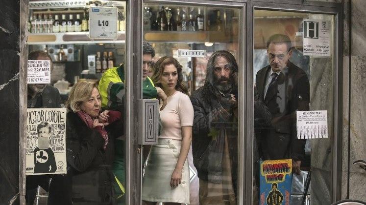 horror thriller movie The Bar 2017