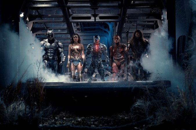 Batman, Wonder Woman, Cyborg, Flash & Aquaman in Justice League