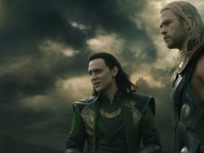 thor-the-dark-world-chris-hemsworth-tom-hiddleston-600x247
