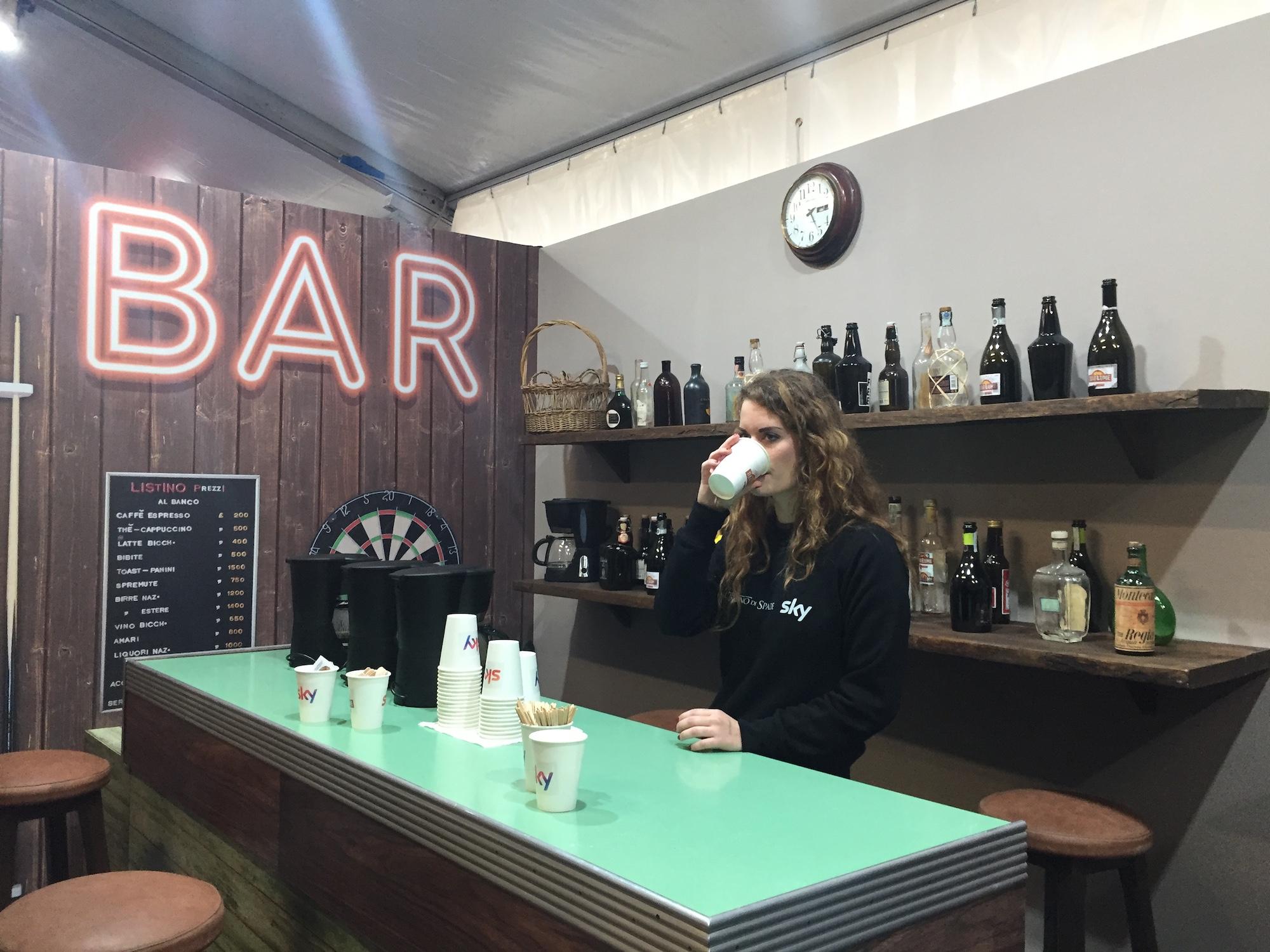 Angolo Bar Nel Soggiorno