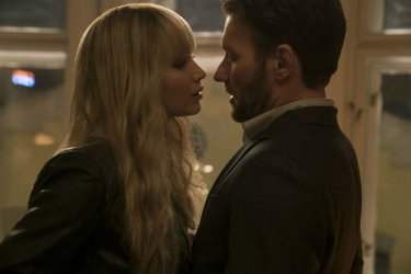 Red Sparrow: Jennifer Lawrence and Joel Edgerton in a scene