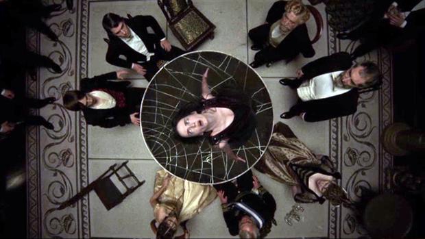 penny-dreadful-seance