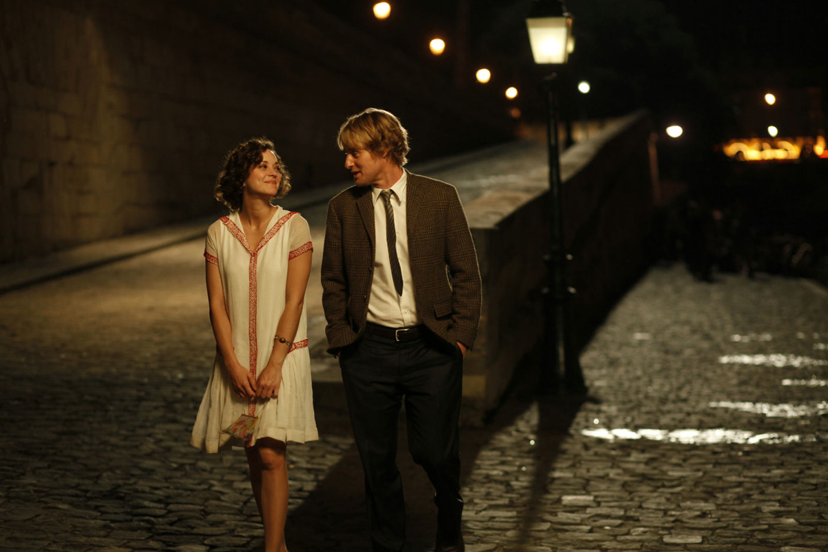 Midnight in Paris : Complexity of Nostalgia