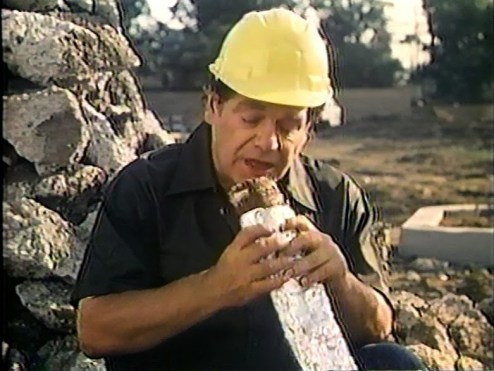 microwave massacre jackie vernon construction worker